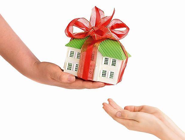 No hay que declarar ajuar doméstico si no hay vivienda habitual. IMPUESTO SOBRE SUCESIONES Y DONACIONES.