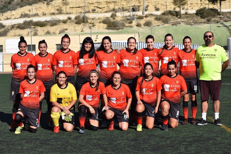Rives y Lozano apoya al Club Deportivo Cox Femenino