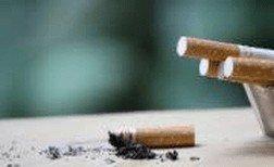 Despido disciplinario por fumar en lavabo de la empresa.